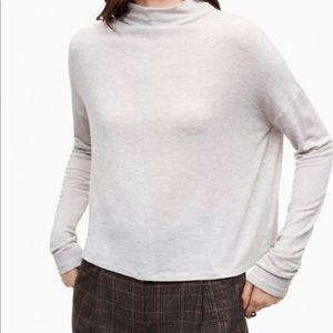 Aritzia Wilfred lussac top